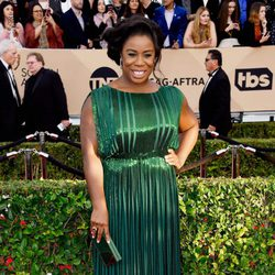 Uzo Aduba in red carpet of SAG Awards 2016