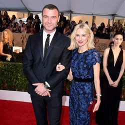 Liev Schreiber and Naomi Watts at the SAG Awards 2016 red carpet