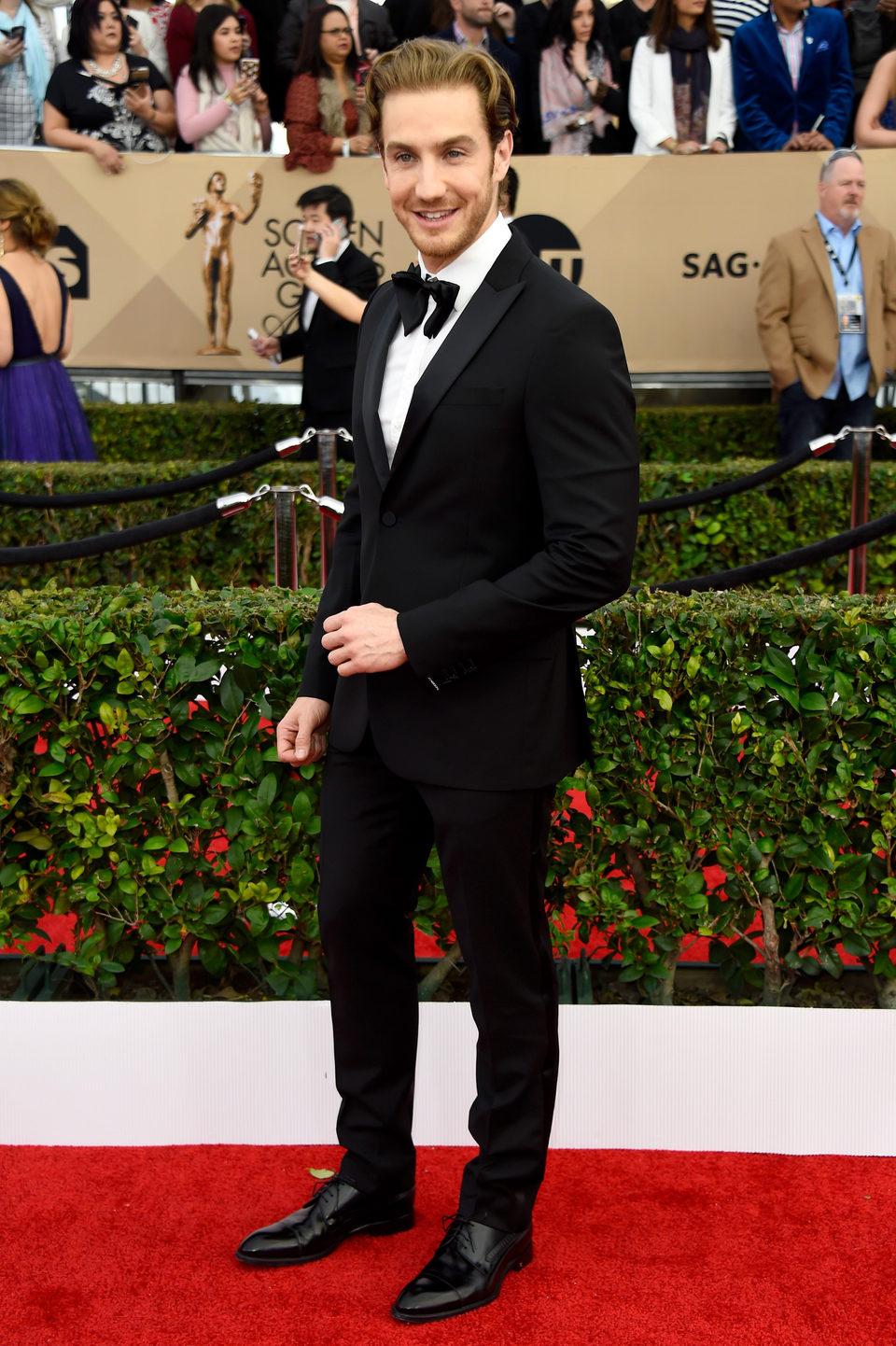Eugenio Siller in red carpet of SAG Awards 2016