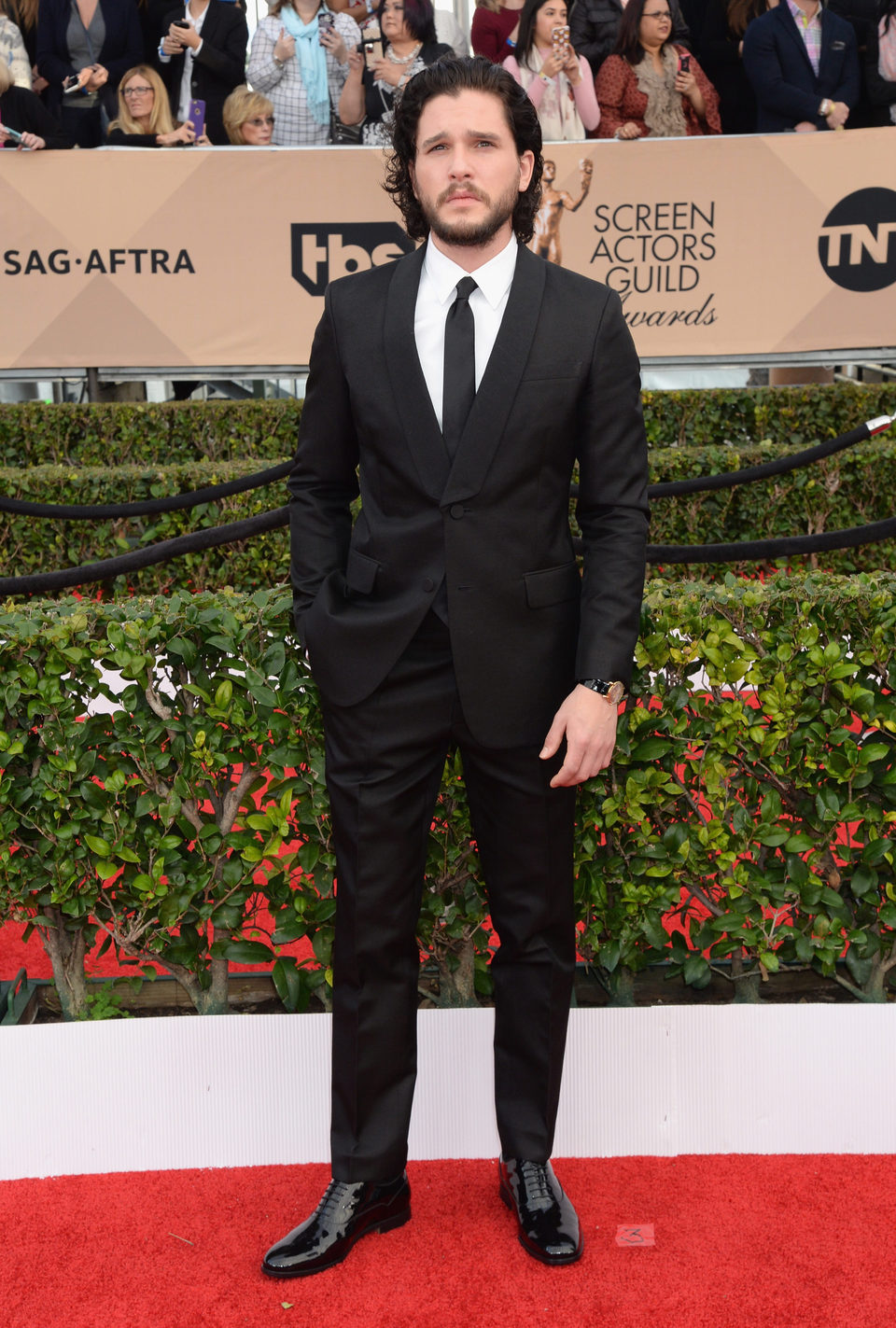 Kit Harington in the red carpet of SAG Awards 2016