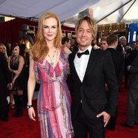 Nicole Kidman and Keith Urban in red carpet of SAG Awards 2016