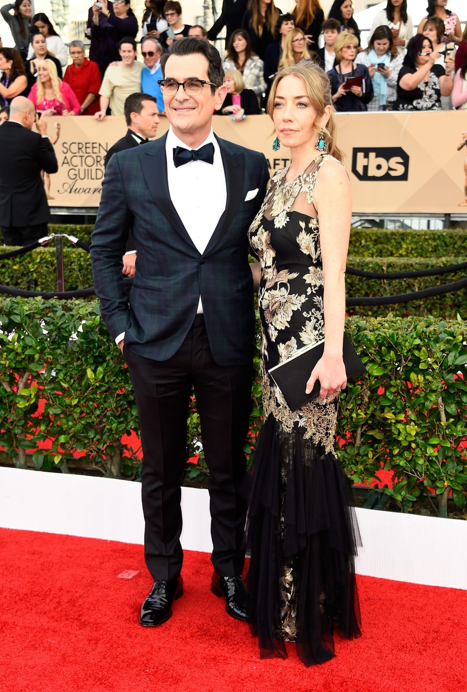 Ty Burrell and Holly Burrell in red carpet of SAG Awards 2016