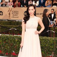 Laura Prepon in red carpet of SAG Awards 2016