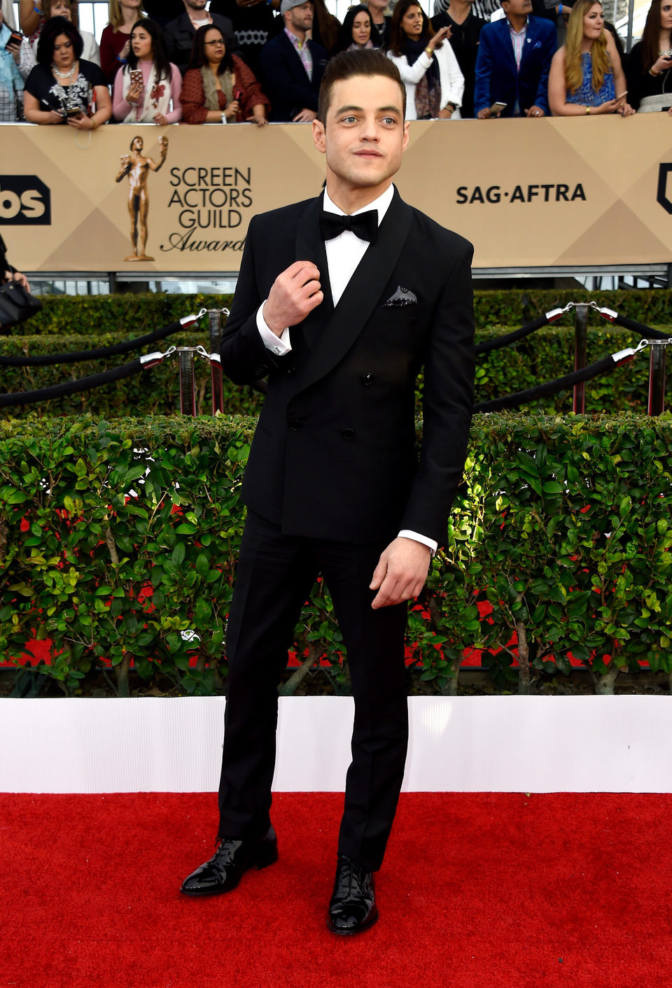 Rami Malek in red carpet of SAG Awards 2016