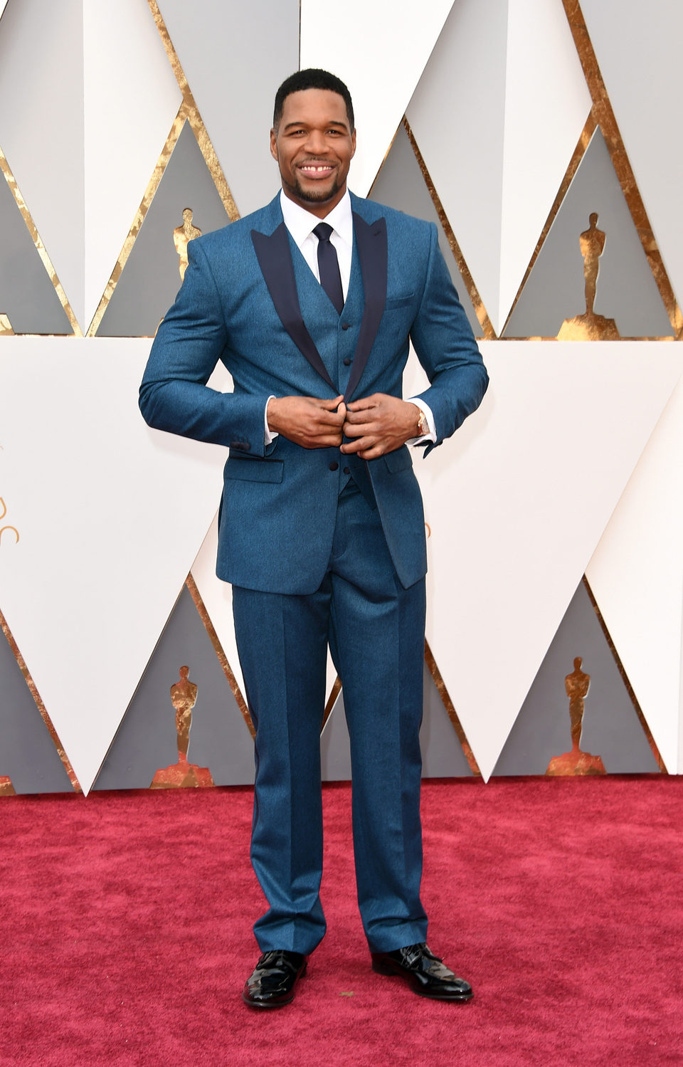 Michael Strahan at the Oscars 2016 red carpet