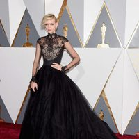 Dorith Mous at the Oscars 2016 red carpet