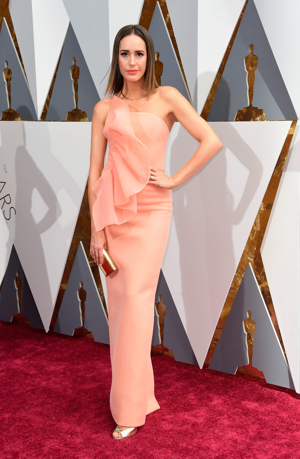 Louise Roe at the Oscars 2016 red carpet