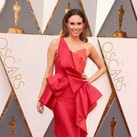 Keltie Knight at the Oscars 2016 red carpet