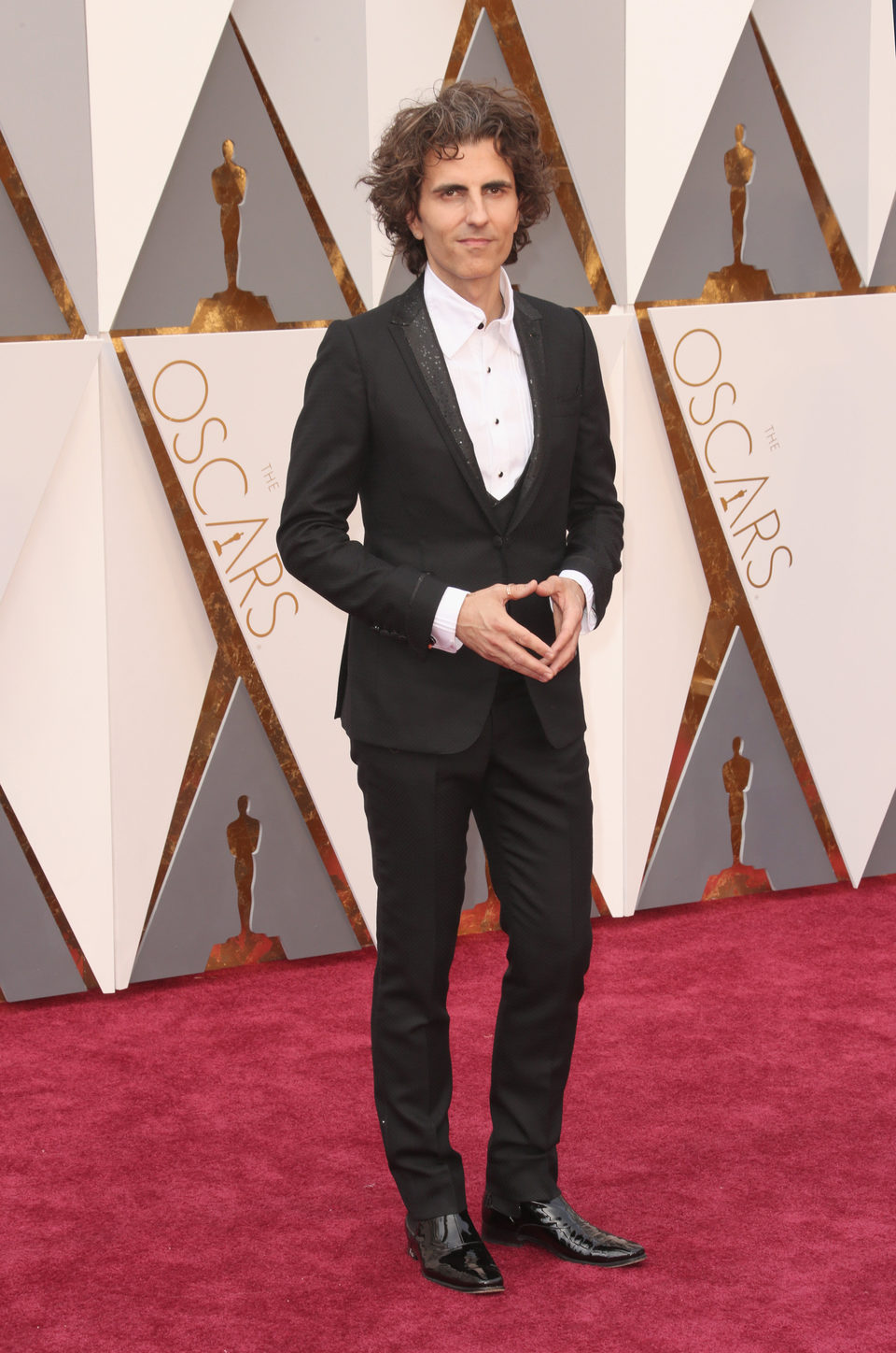 Stephan Moccio at the Oscars 2016 red carpet