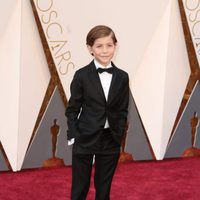 Jacob Tremblay at the Oscars 2016 red carpet
