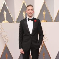Henry Hughes at the Oscars 2016 red carpet