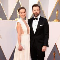 Olivia Wilde and Jason Sudeikis at the Oscars 2016 red carpet