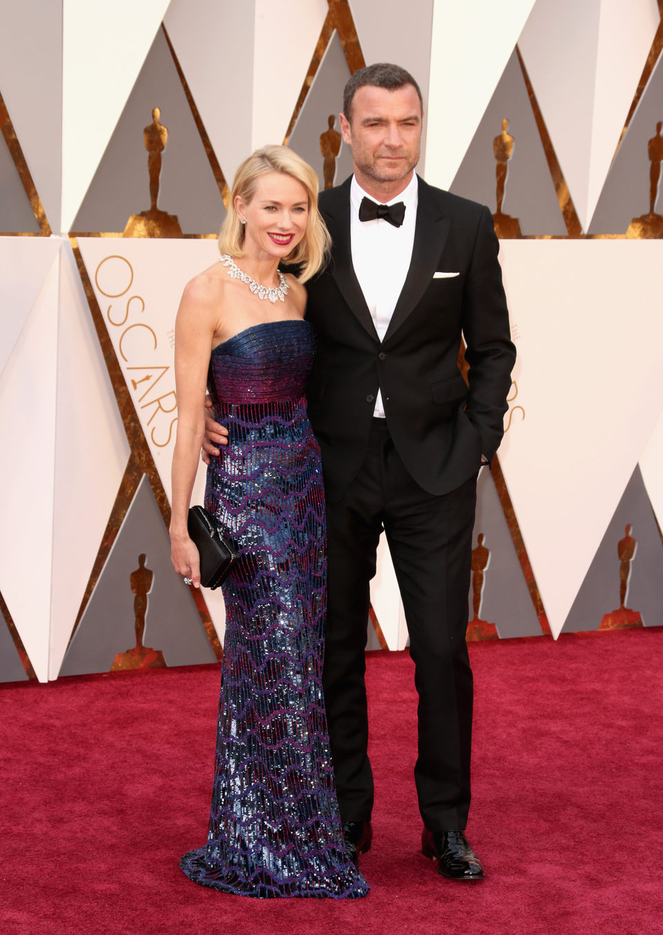 Naomi Watts and Liev Schreiber at the Oscars 2016 red carpet
