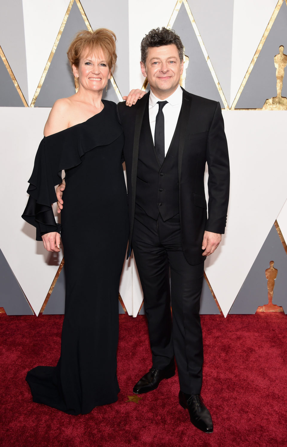 Andy Serkis and Lorraine Ashbourne at the Oscars 2016 red carpet