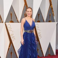 Brie Larson at the Oscars 2016 red carpet