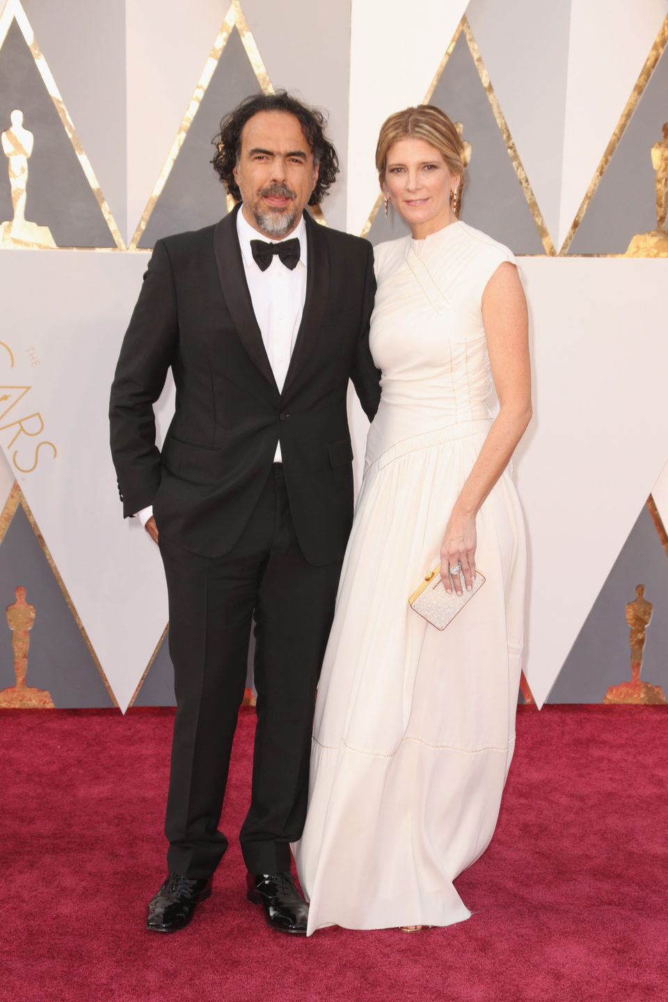 Alejandro G. Iñárritu at the Oscars 2016 red carpet