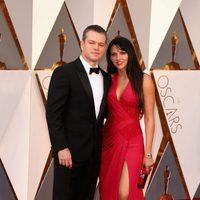 Matt and Luciana Damon at the Oscars 2016 red carpet