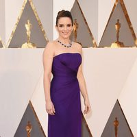 Tina Fey at the Oscars 2016 red carpet