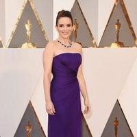 Tina Fey at the Oscars 2016 red carpet