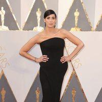 Sarah Silverman at the Oscars 2016 red carpet