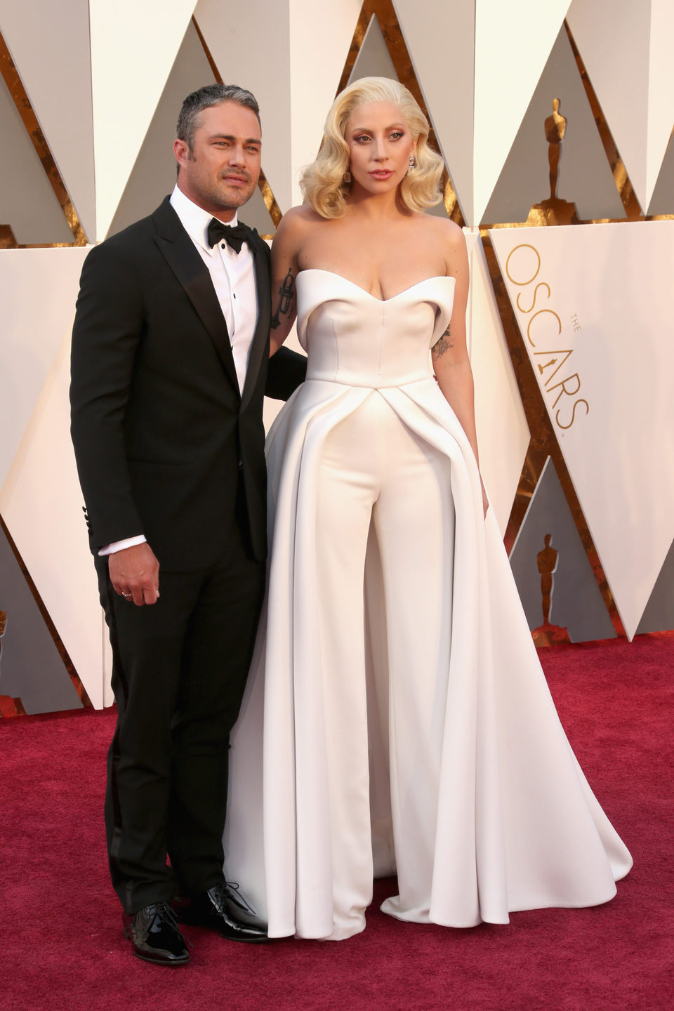 Taylor Kinney and Lady Gaga at the Oscars 2016 red carpet