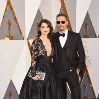 Tom Hardy and Charlotte Riley at the Oscars 2016 red carpet