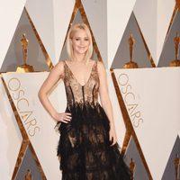 Jennifer Lawrence at the Oscars 2016 red carpet