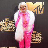 Baddie Winkle at the 2016 MTV Movie Awards' red carpet