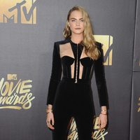 Cara Delevingne at the 2016 MTV Movie Awards' red carpet