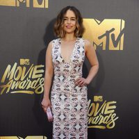 Emilia Clarke at the 2016 MTV Movie Awards' red carpet