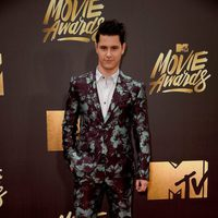 Michael Willet at the 2016 MTV Movie Awards' red carpet