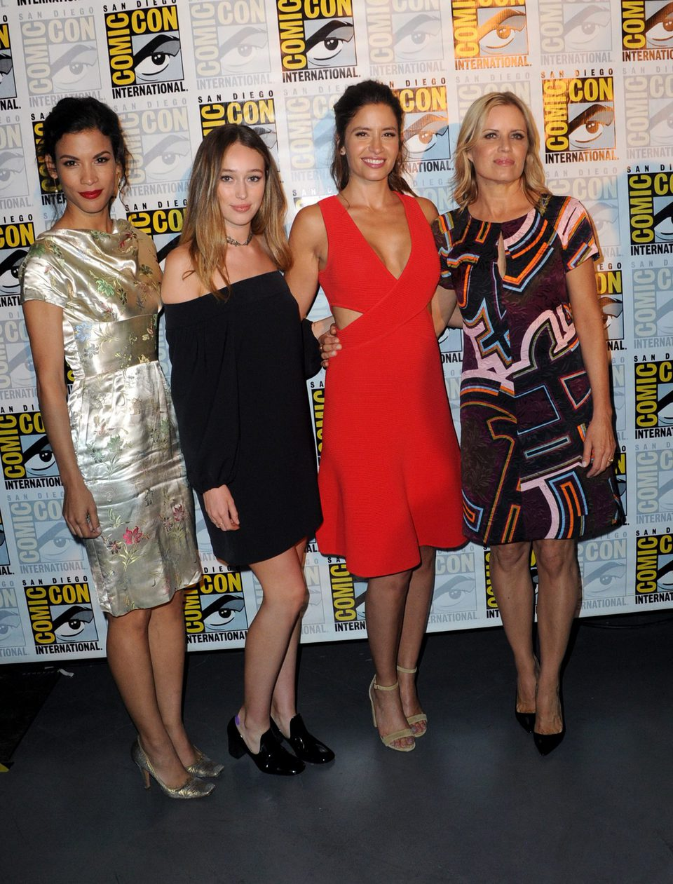 walking dead female cast