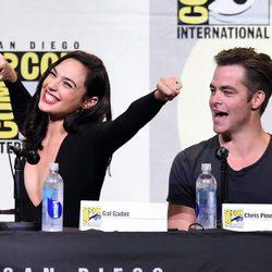 Gal Gadot and Chris Pine at 2016 Comic-Con