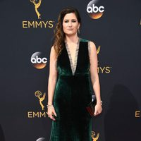 Kathryn Hahn at the Emmys 2016 red carpet