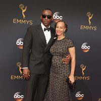 Matershala Ali and Amatus Ali at the Emmys 2016 red carpet
