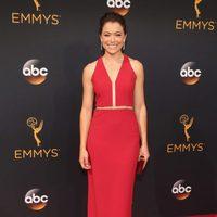 Tatiana Maslany at the Emmys 2016 red carpet