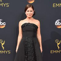 Maura Tierney at the Emmys 2016 red carpet