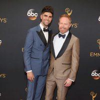 Jesse Tyler Ferguson and Justin Mikita at Emmys 2016 red carpet