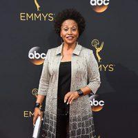 Jennifer Lewis at Emmys 2016 red carpet