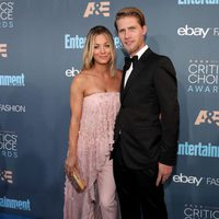 The couple Kaley Cuoco and Karl Cook in Critics Choice Awards