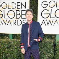 Jill Soloway at Golden Globes 2017 red carpet