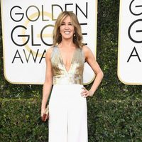 Felicity Huffman at Golden Globes 2017 red carpet