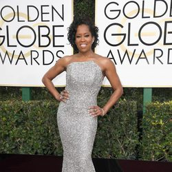 Regina King at Golden Globes 2017 red carpet