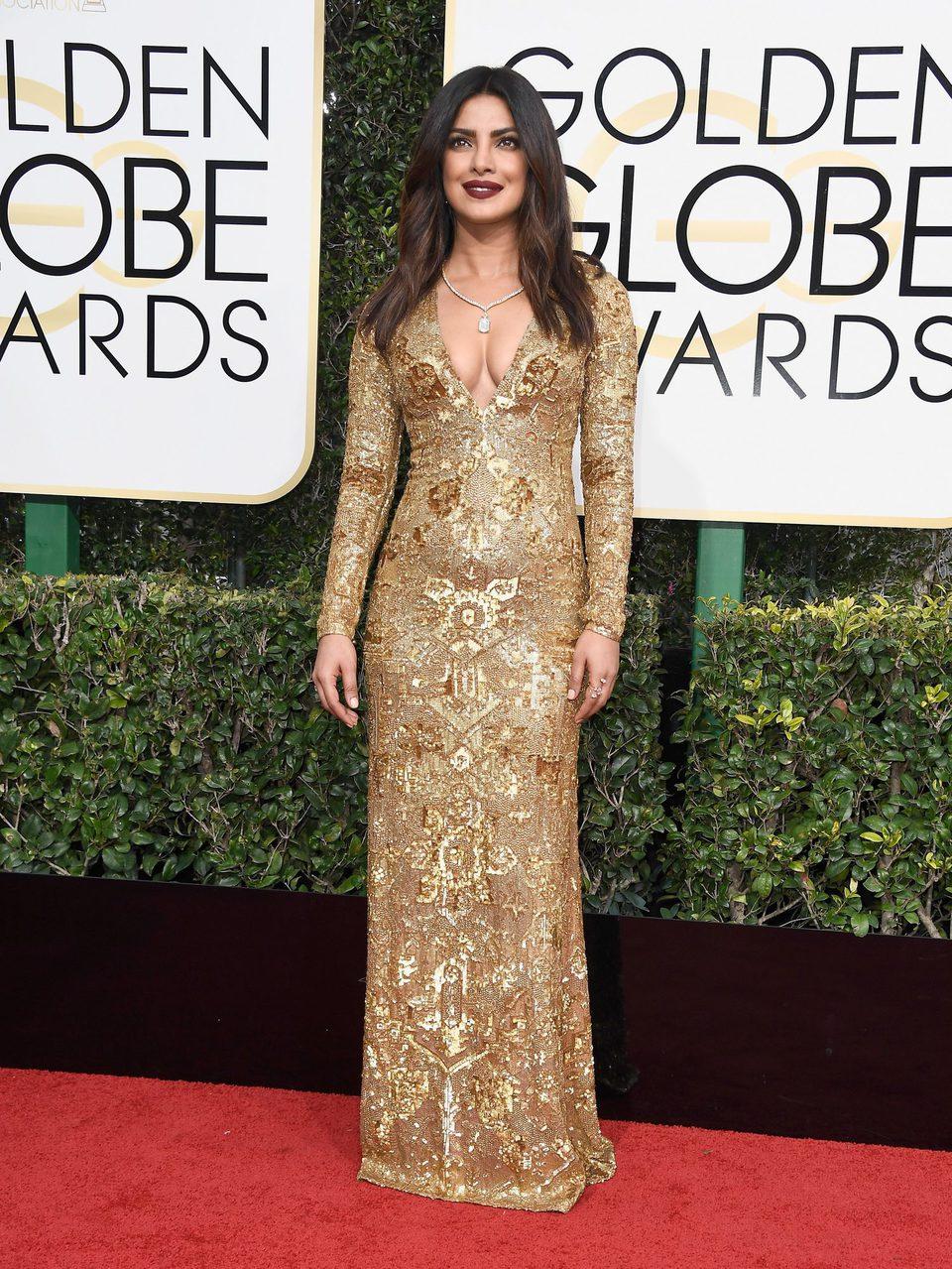 Priyanka Chopra at Golden Globes 2017 red carpet