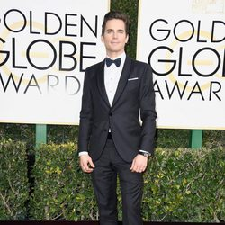 Matt Bomer at the 2017 Golden Globes red carpet