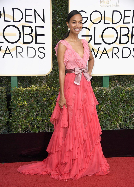 Zoe Saldana at Golden Globes 2017 red carpet