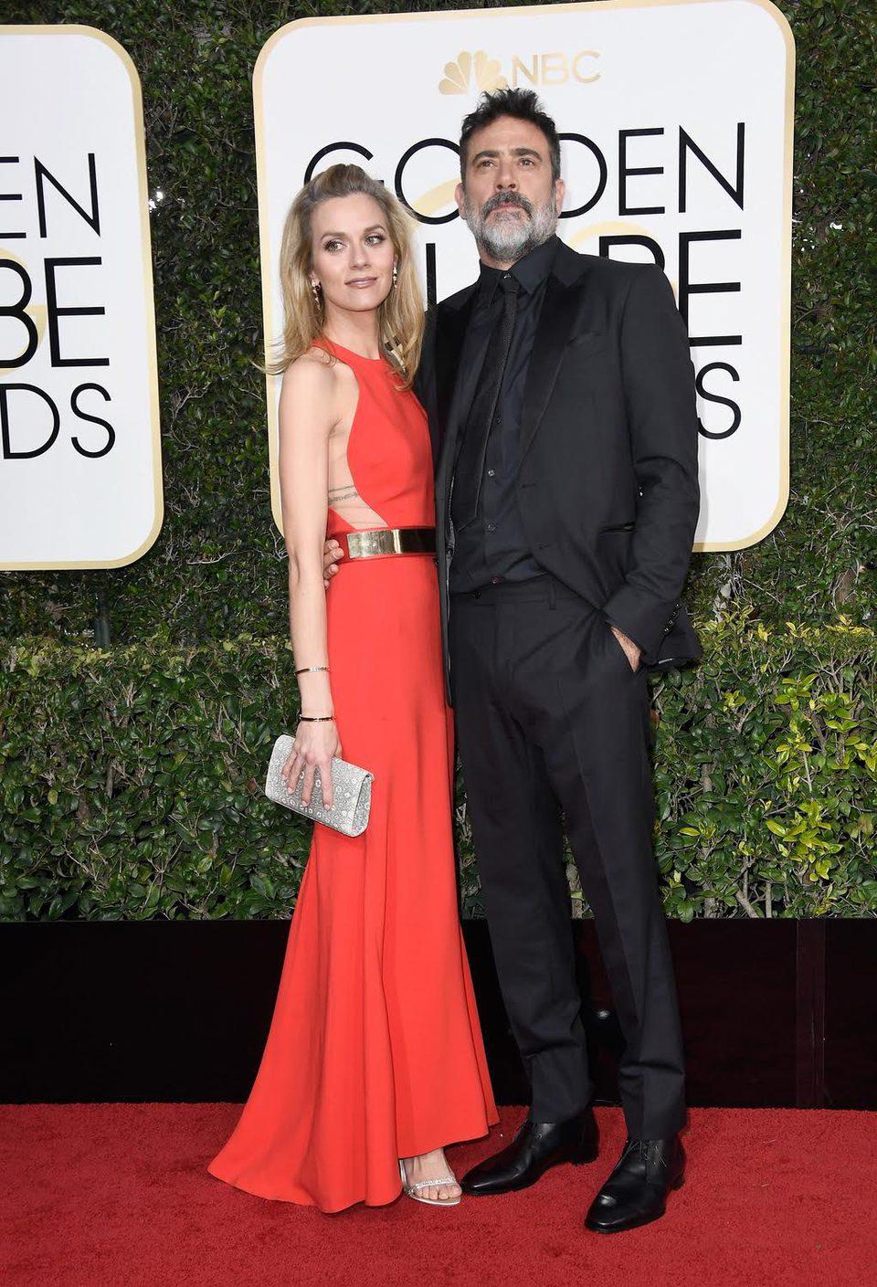 Jeffrey Dean Morgan and Hilarie Burton at Golden Globes 2017 red carpet