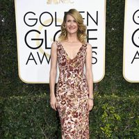 Laura Dern at Golden Globes 2017 red carpet
