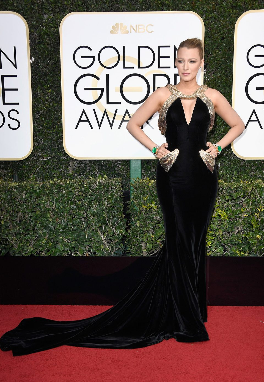 Blake Lively at Golden Globes 2017 red carpet