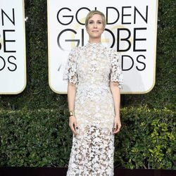 Kristen Wiig at Golden Globes 2017 red carpet